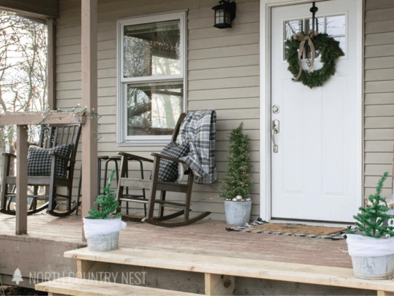 Simple Rustic Holiday Porch Decor