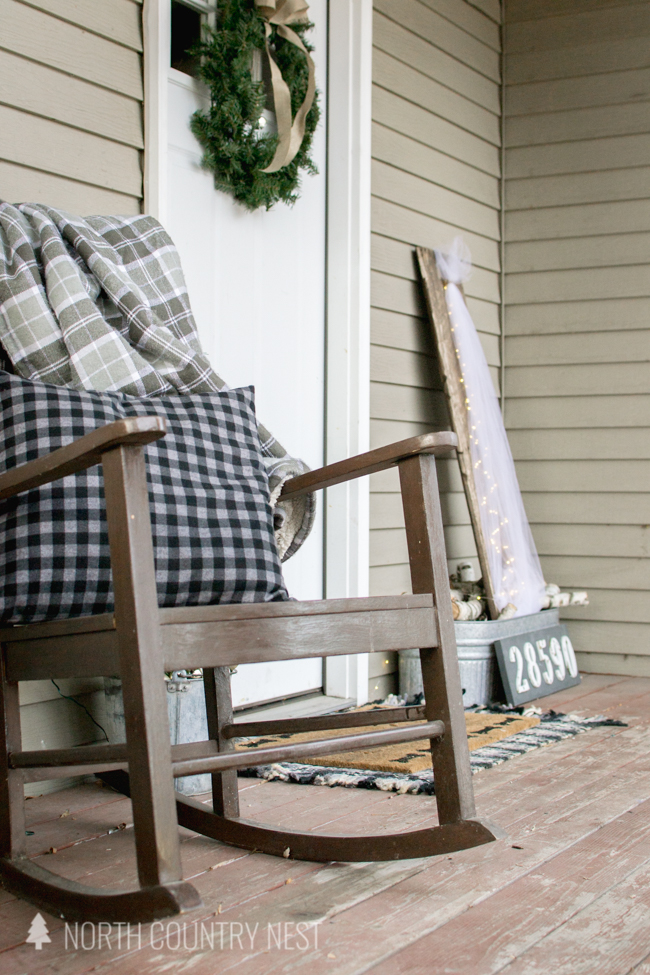 simple and rustic holiday porch decor