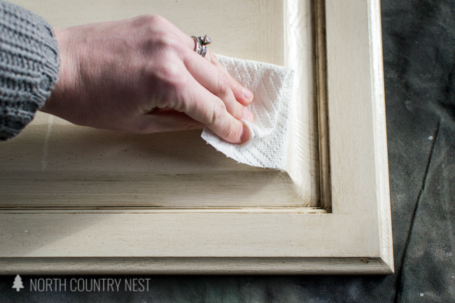 deglossing kitchen cabinet with paper towel