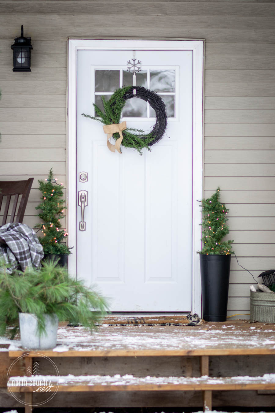 rustic holiday decor for the front porch