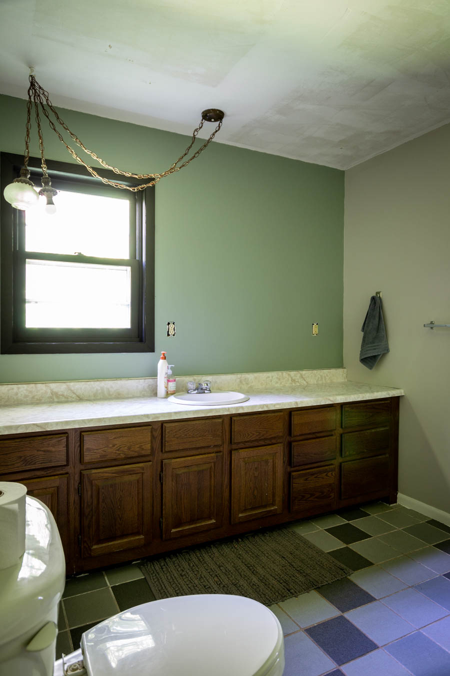 master bathroom painted walls with accent wall