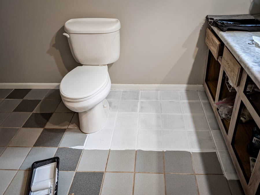 Painting bathroom tile with chalk paint