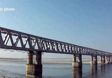 Assam: Work paralysed for the 3rd day in Bogibeel bridge
