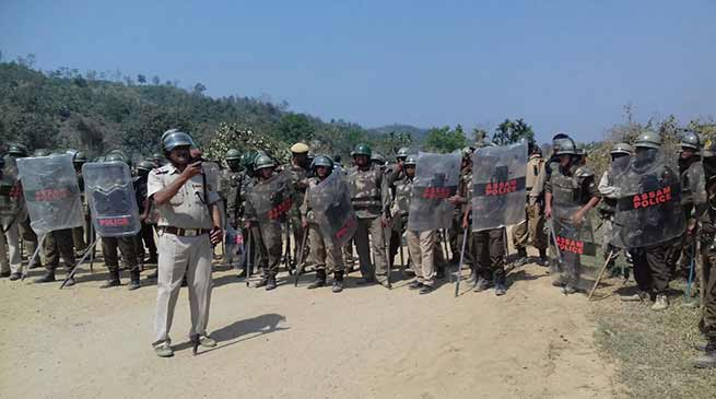 Assam: MZP activists attacks on Assam Police and CRPF