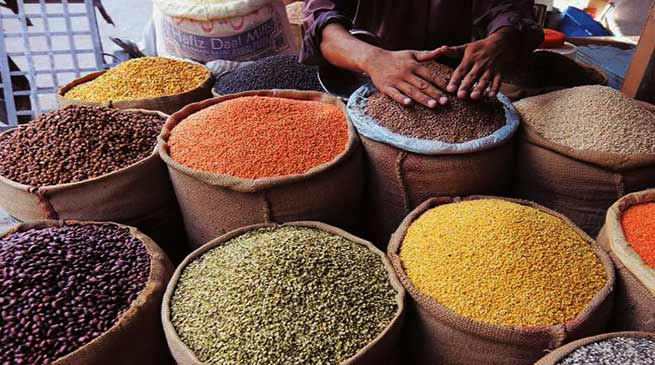 DC, Hailakandi, Assam, asked the merchants and wholesalers not to artificially hike the prices of essential commodities and maintain prominent display of stock