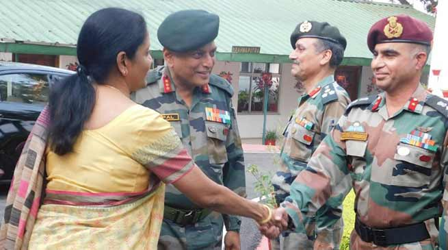 Nagaland : Defence Minister Nirmala Sitharaman visits Army's Spear Corps Zone