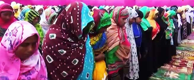 Assam: Hundreds of women offer Eid Namaz in Eidgah at Mangaldoi