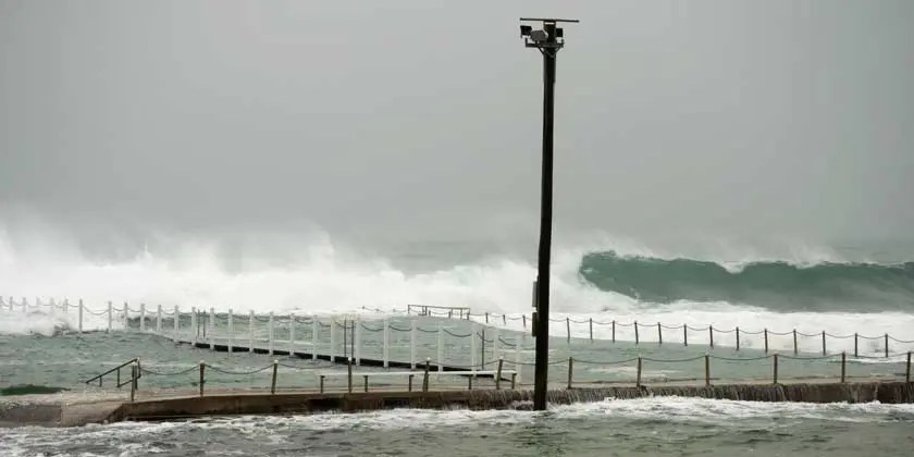 Wild weather batters beaches