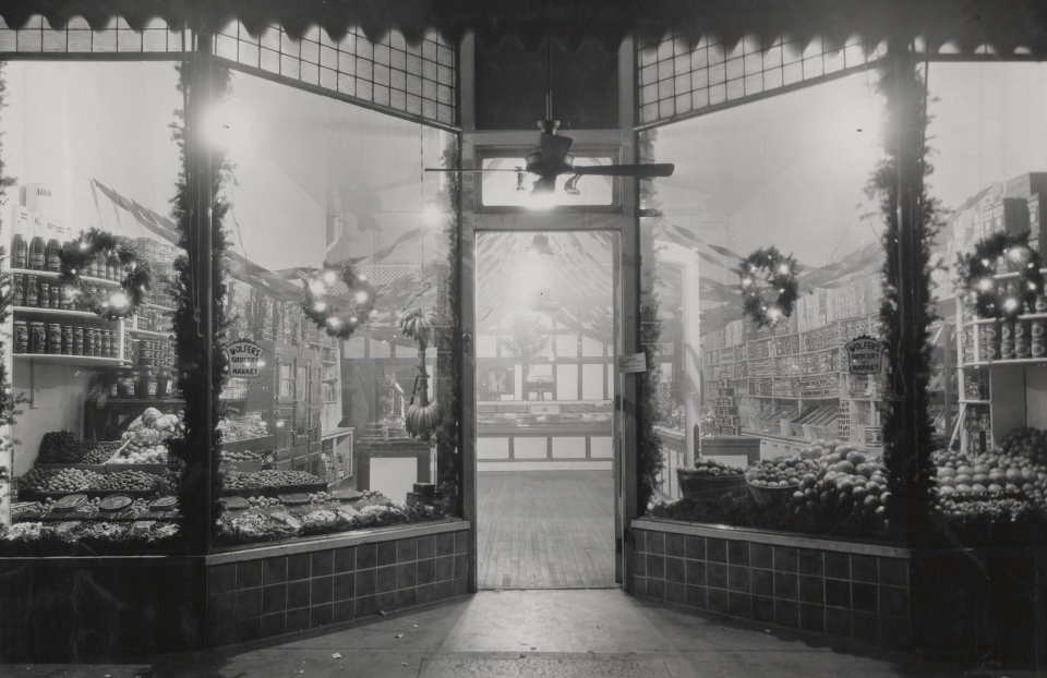 Christmas Shopping in 1930 — Plus a Shoutout to Sponsors