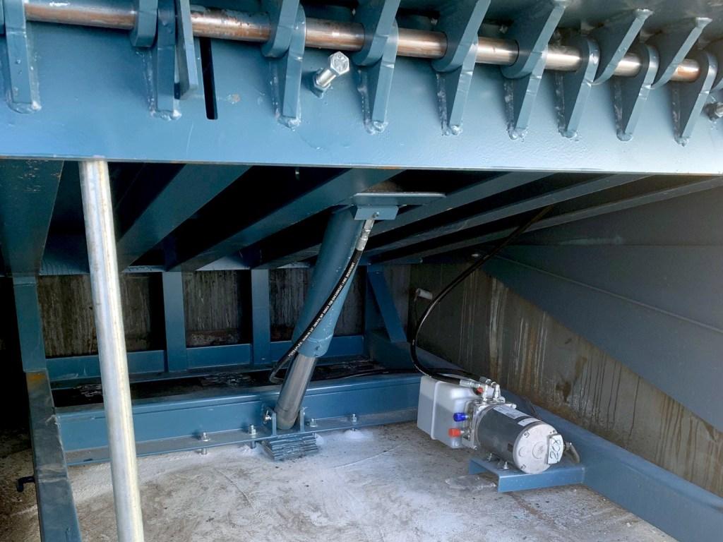Planet Paper Box – High-Capacity Hydraulic Dock Leveler