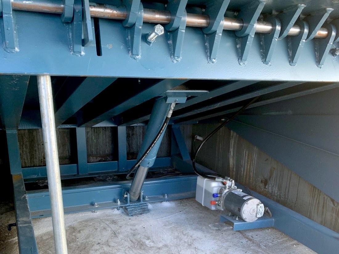 Hydraulic Dock Leveler 30K in pit