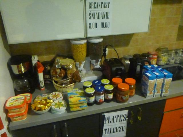 Daily breakfast in the kitchen here at Hostel Cycle On.