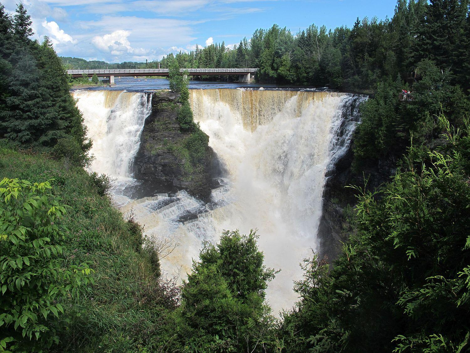 Kakabeka Falls Lives Up To Its Billing As The Quot Niagara Of