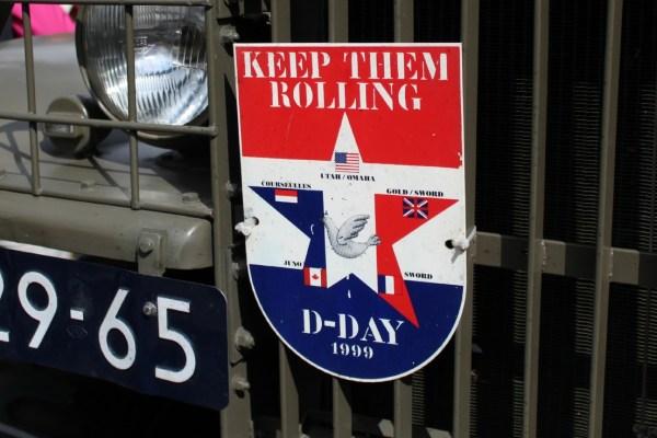 d_day_optocht_bevrijdingsdag_drachten_2015_keep_them_rolling_70_jaar_bevrijding_friesland