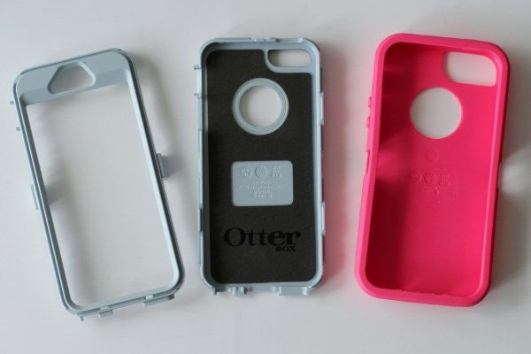 otterbox_defender_roze_review_iphone_5