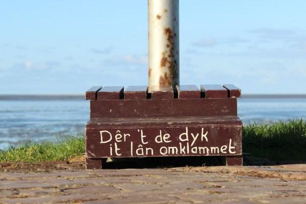 wierum_der_t_de_dyk_it_lan_omklammet