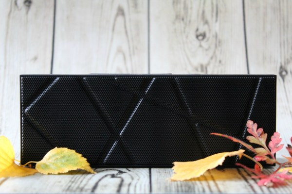 boombrick_review_bluetooth_speaker