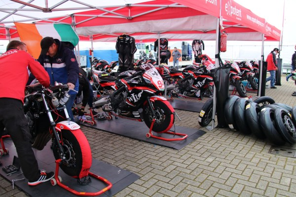 wk_superbike_assen_april_2016_paddock