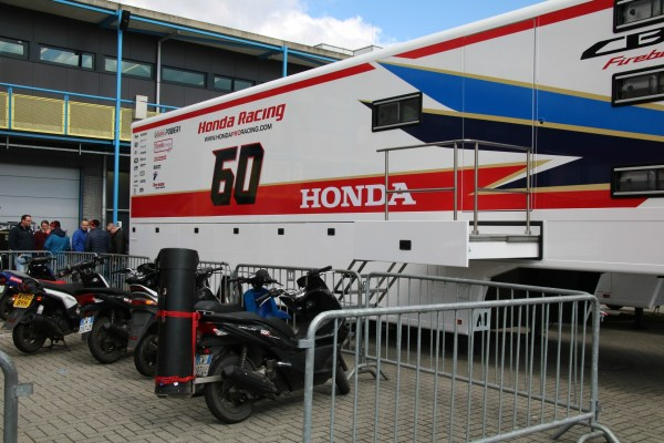 wk_superbike_assen_april_2016_paddock_home