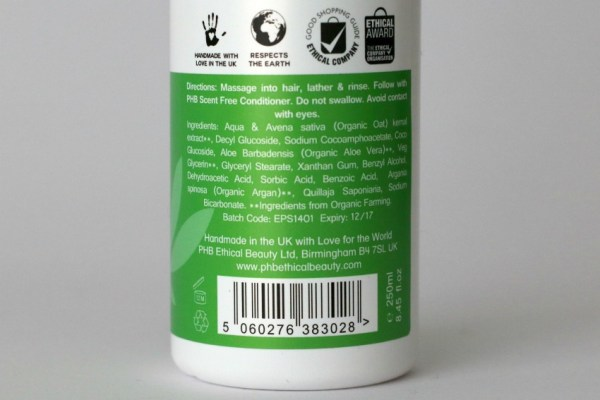 Review PHB Ethical Beauty Oats & Aloe Vera Scent Free shampoo 3