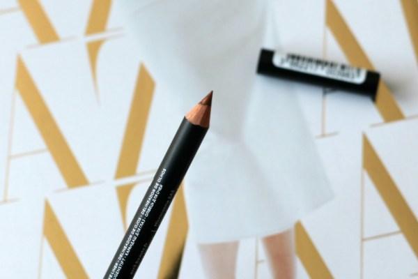 review unboxing inhoud styletone box juli 2016 avril cosmetics eye pencil 2