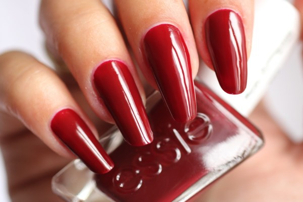 18-essie-spiked-with-style-1