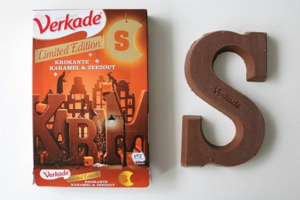 karamel-en-zeezout-chocoladeletter-verkade-doosje