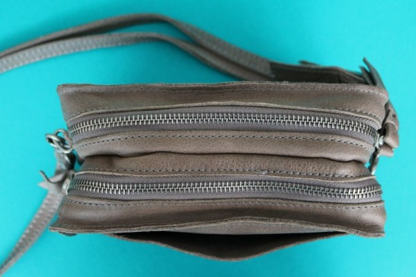 review-ervaring-cowboysbag-folkestone-1416-elephant-grey-5