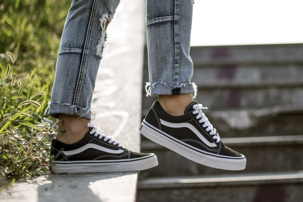 Hey! I put some new shoes on: Vans Old Skool sneakers