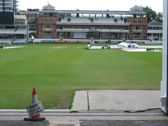 Lords - please keep off the grass
