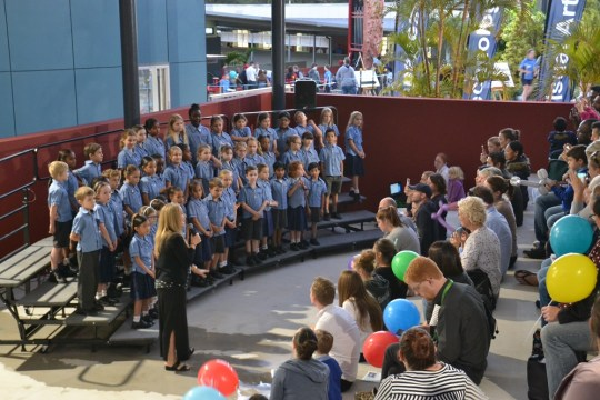 Primary Choir sings in new amphitheatre at Open Night