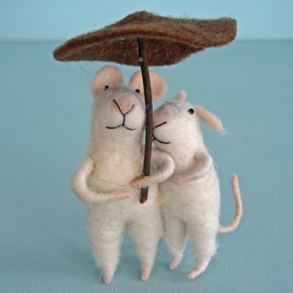 Mouse Couple with Umbrella