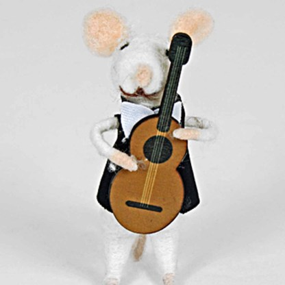 Felted Mouse with Guitar