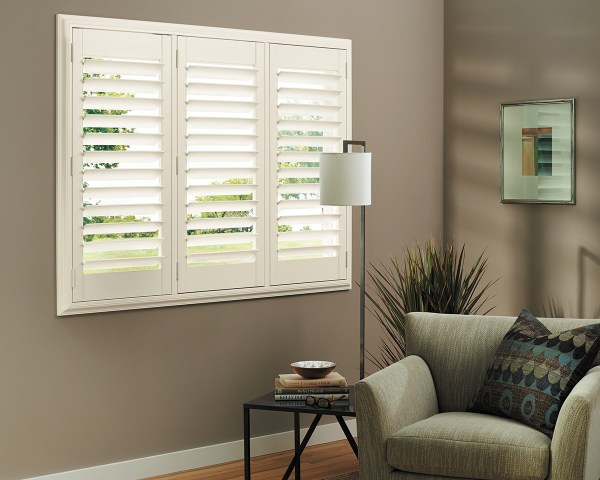 Hunter Douglas Plantation Shutters for Windows