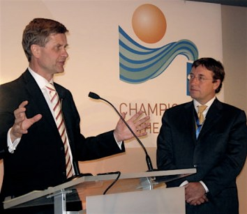 Erik Solheim (left) at director at UNEP, Achim Steiner. Photo: Ministry of Environment.