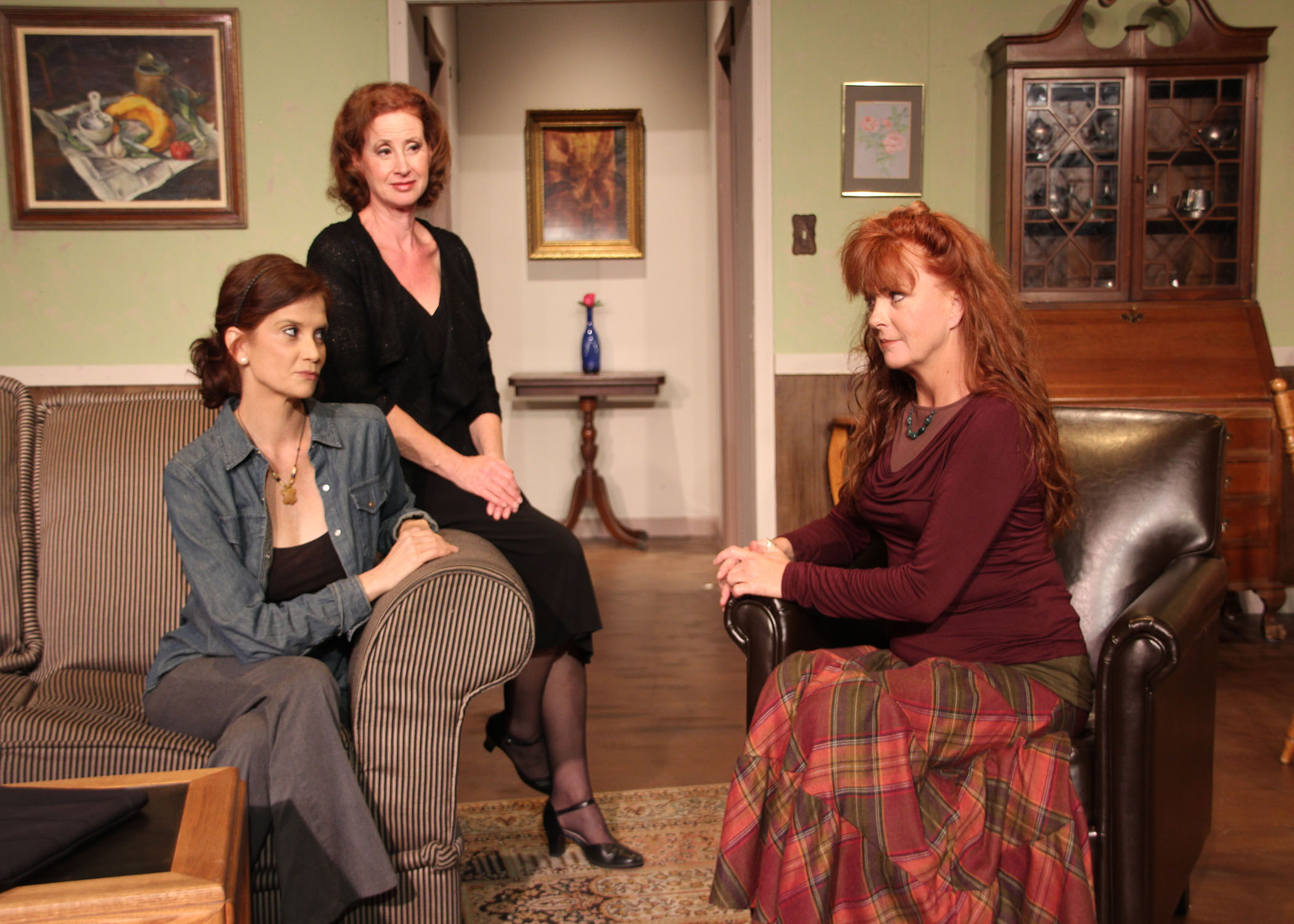 "Photo: Sherry Netherland From left, Gina Yates as Kat, Julie Silverman as Mom, and Lisa McGee-Mann as Trish in ""Mom's Gift,"" award-winning play by Phil Olson."