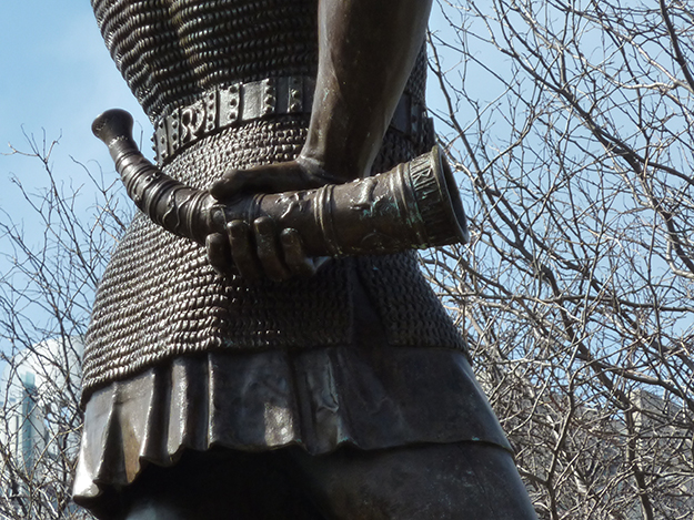 """Photo: James Steakley / Wikimedia Commons Sound the horn! """"Leif, the Discoverer,"""" a statue of Leif Erikson in Milwaukee, would like you to know that his day is approaching."""
