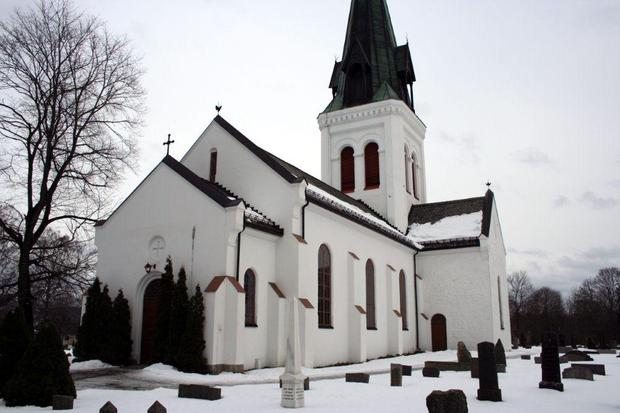 Photo: kirkesok.no Eidsvoll Kirke is just one of the lovely places you'll walk past on your virtual pilgrimage.