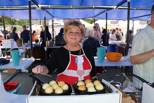 Photo: Solveig Lee Æbelskiver were among the many Nordic foods on offer.