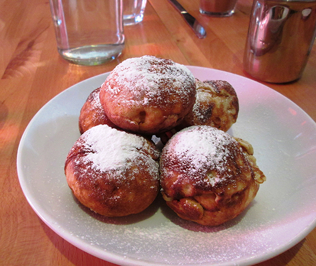 Photo: Christine Foster Meloni The meal concluded with these crunchy yet fluffy æbleskiver.