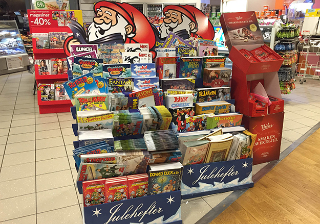 Photo: Øystein Nordvik A prominent display of Christmas comics holds modern and classic titles.