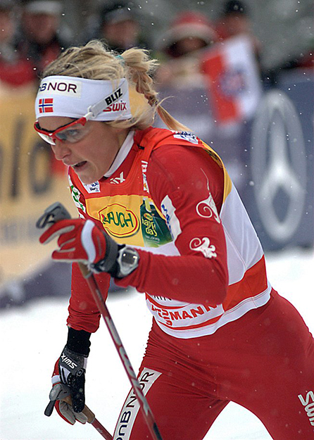 Photo: Iso76 Therese Johaug at the FIS World Cup in 2010.