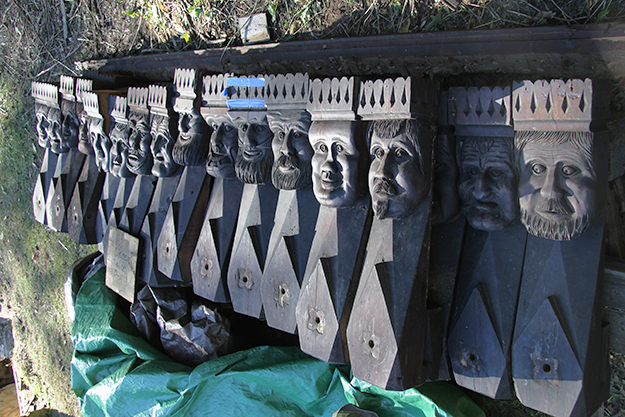 """Photo: Arne Asphjell The Kings are ready to be shipped to Norway. But a crucial question remains: Who were the models for these heads? The team suspects the woodworker used """"orkdalinger"""" as inspiration for this type of art, so perhaps they'll find living likenesses in Norway."""