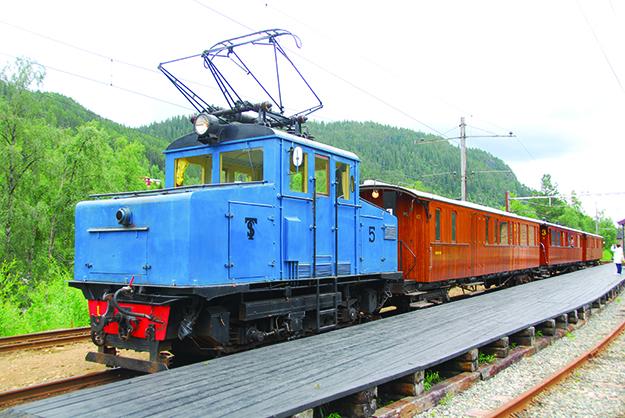 Photo: Alasdair McLellan / Wikimedia Commons Locomotive no. 5 of Thamshavnbanen at Løkken Station, Norway. The train runs between May and September.