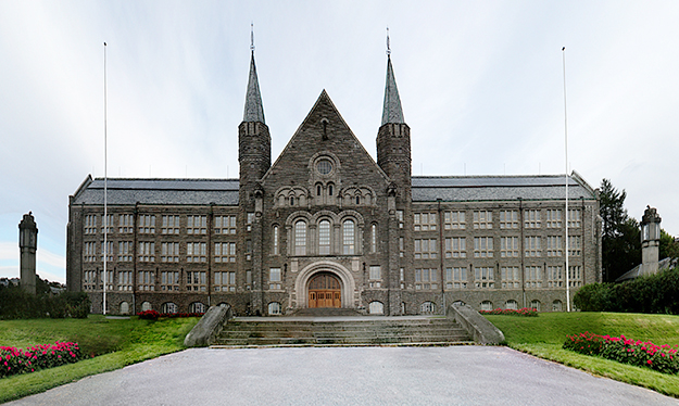 Photo: Ssolbergj photo / Wikimedia Commons NTNU's main building, the former Norwegian Institute of Technology (NTH) in Trondheim.