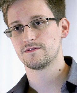 Photo: Laura Poitras / Praxis Films / Wikimedia Commons Edward Snowden.