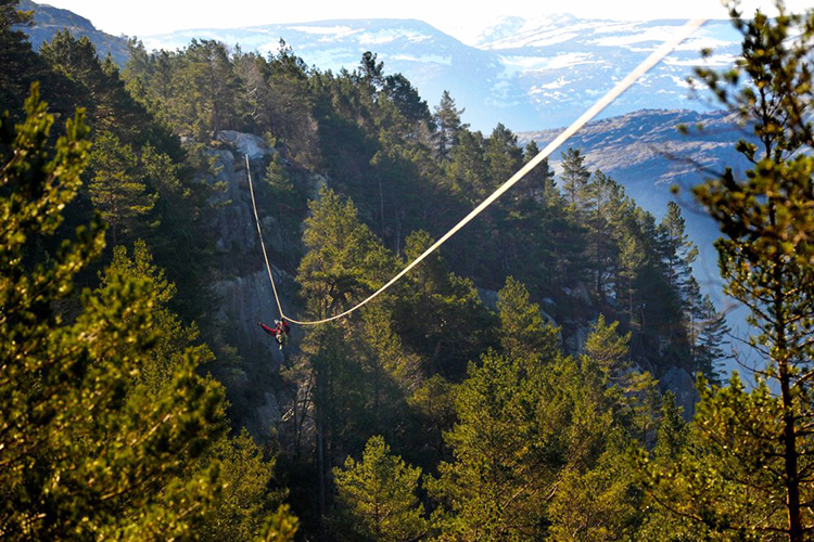 Photo courtesy of Høyt og Lavt All of the parks feature exciting courses in beautiful scenery, but the one near Preikestolen is a cut above. Ready to test your fear of heights?