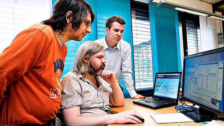 Photo: Jon Hauge / Aftenposten  From left: Unicus employees Rolf-Olav Johansen and Marius Huse Jacobsen, with founder Lars Johansson-Kjellerød.