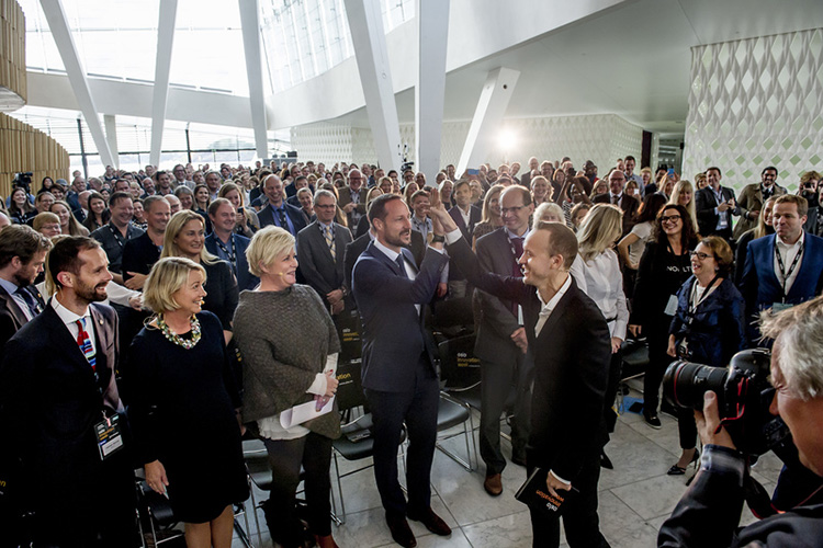Photo: Oslo Innovation Week / Gorm K. Gaare  Crown prince Haakon enters OIW 2015.