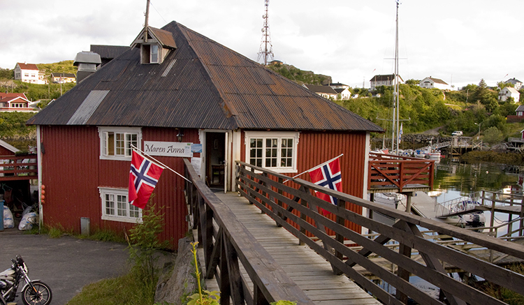 Photo: Robert L. Libkind Maren Anna restaurant in Sorvågen, site of Cellopub concert.